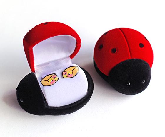 Battenberg earrings in a cute ladybird box