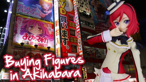 buying-figures-in-akihabara